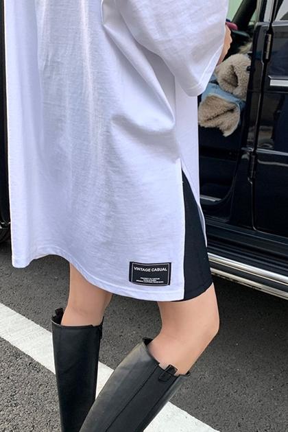 寬鬆時尚貼標側開叉上衣*白