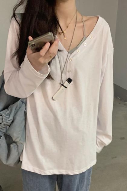 顯瘦V領裝飾釦棉T*2色