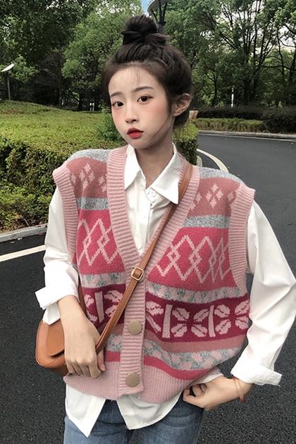 溫柔粉嫩系圖騰鉤織背心