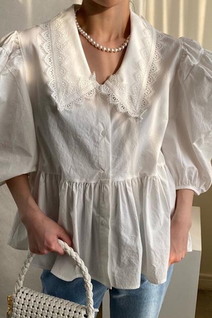 重工蕾絲花邊拼接皺褶泡泡袖襯衫*2色
