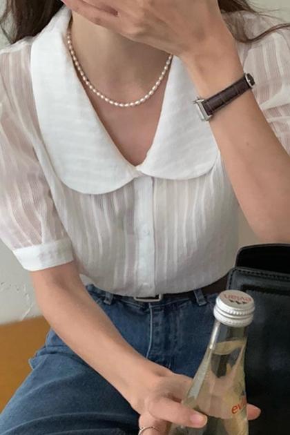 溫柔娃娃領排扣微透紋理泡泡袖襯衫*2色