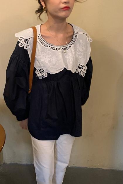 復古花瓣領蕾絲鉤花上衣*2色