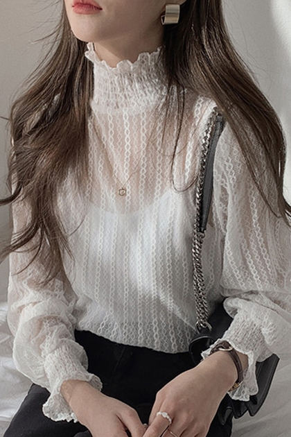 名媛氣質高領蕾絲打底衫*2色