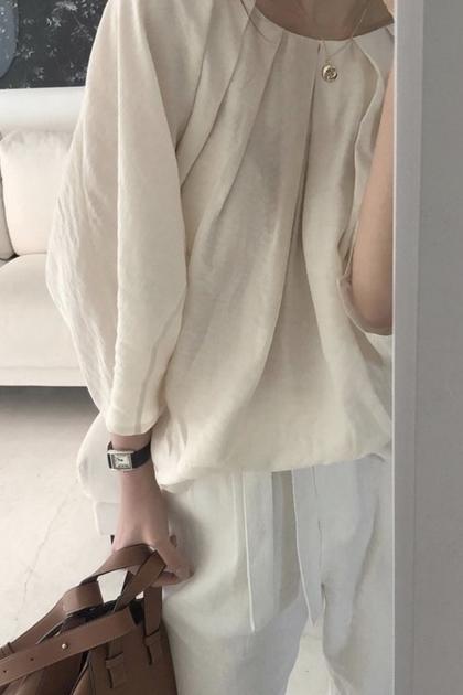 小性感微透壓摺寬鬆襯衫*3色