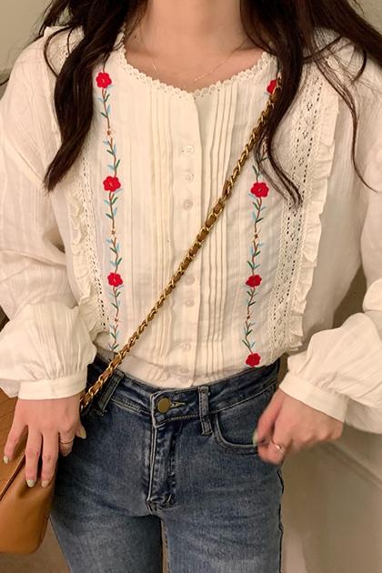 W荷葉滾邊刺繡花朵襯衫