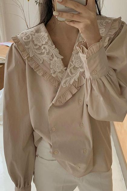 蕾絲鉤花翻領雙排扣泡泡袖襯衫*2色