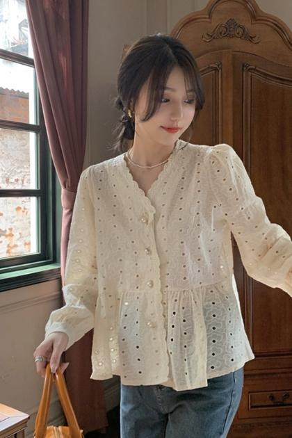 W緹花蕾絲珍珠扣娃娃剪裁上衣2