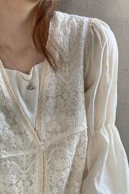 法式重工蕾絲鉤花背心*2色