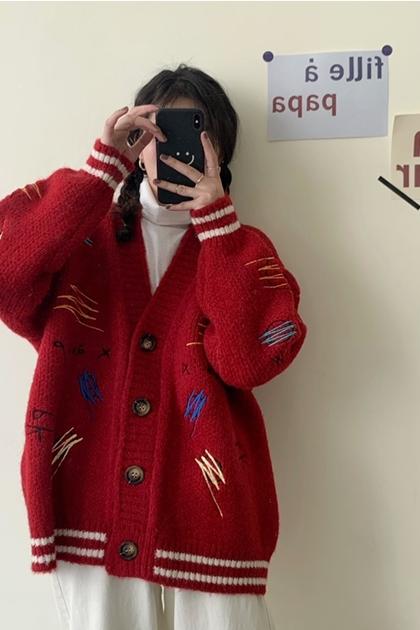 可愛V領塗鴉刺繡配色開釦針織毛線外套*2色