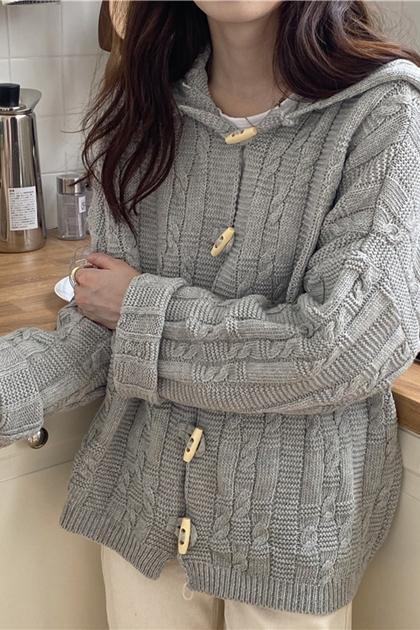 寬鬆牛角扣麻花針織毛衣外套*2色
