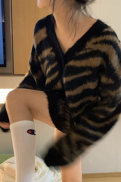 復古斑馬紋v領針織毛衣外套