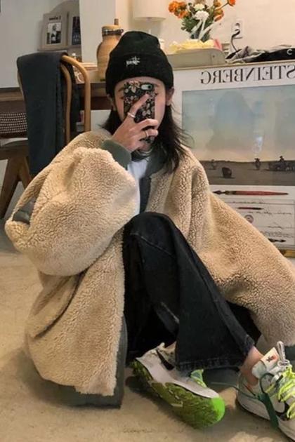 寬鬆加厚保暖兩面穿鋪棉羊羔毛外套
