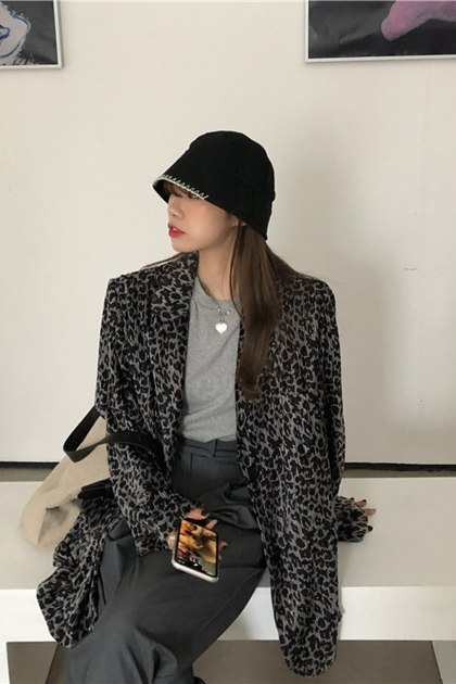 時尚皺褶豹紋西裝外套*2色