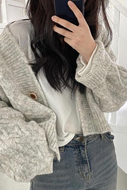 寬鬆短版麻花針織毛衣開釦外套*3色
