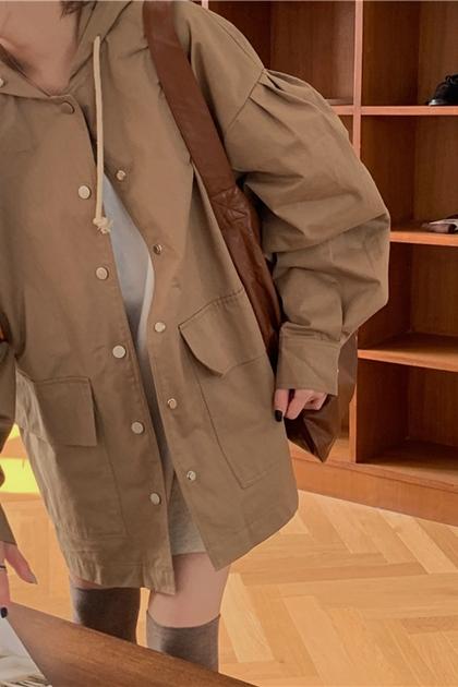 開釦抓摺袖工裝連帽外套*2色