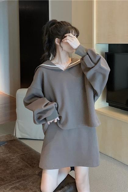減齡翻領滾邊衛衣大學T+衛衣短裙/套裝*2色