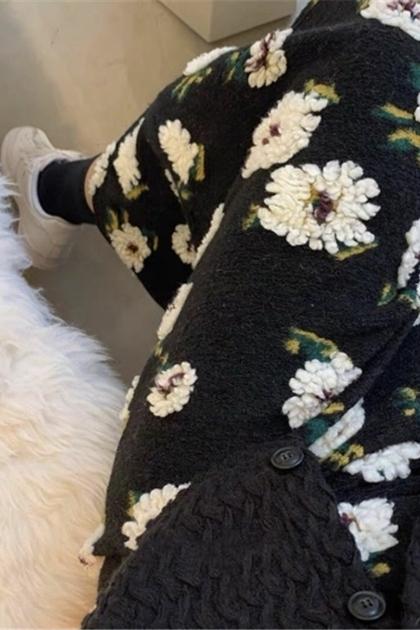 可愛立體毛絨花朵包臀顯瘦長裙