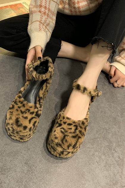 復古時髦豹紋絨毛瑪莉珍粗跟鞋