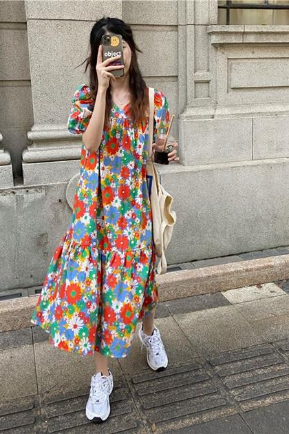 泫雅風V領花朵洋裝