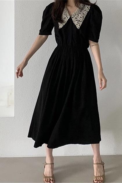 赫本風翻領撞色蕾絲拼接壓褶收腰洋裝*黑