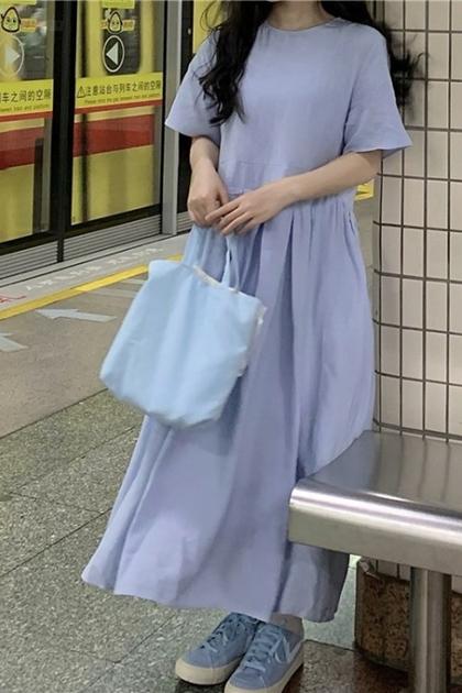 溫柔嬰兒藍顯瘦腰打摺洋裝