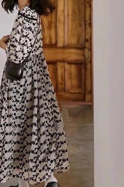 法式立體植絨小花褶皺收腰洋裝