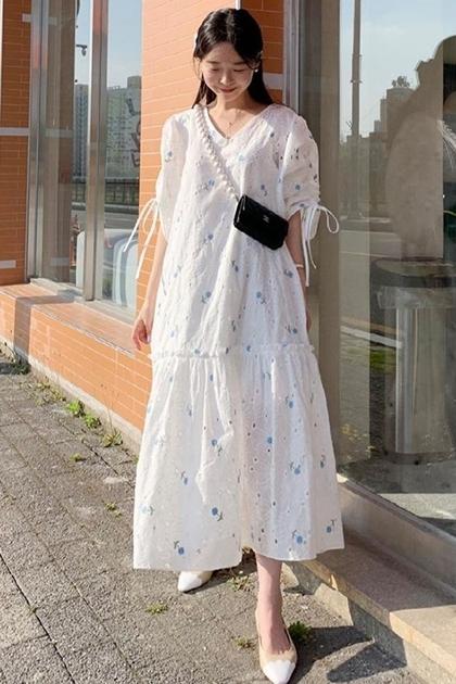重工刺繡花朵抽繩大裙擺洋裝