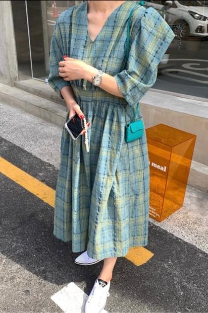 復古格紋V領洋裝*2色