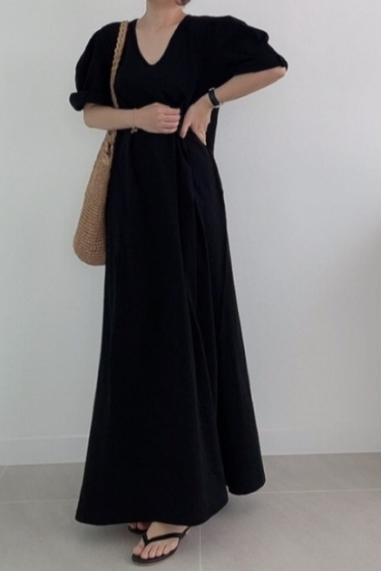 慵懶素雅開叉飄逸針織洋裝*2色
