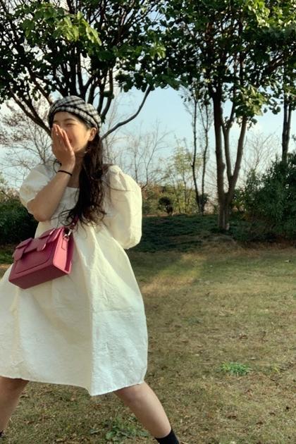方領泡泡袖蓬蓬裙洋裝*白