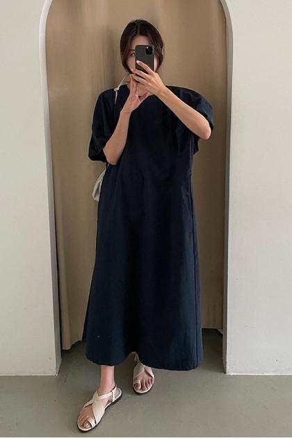 立體澎澎袖剪裁OVERSIZE洋裝*3色