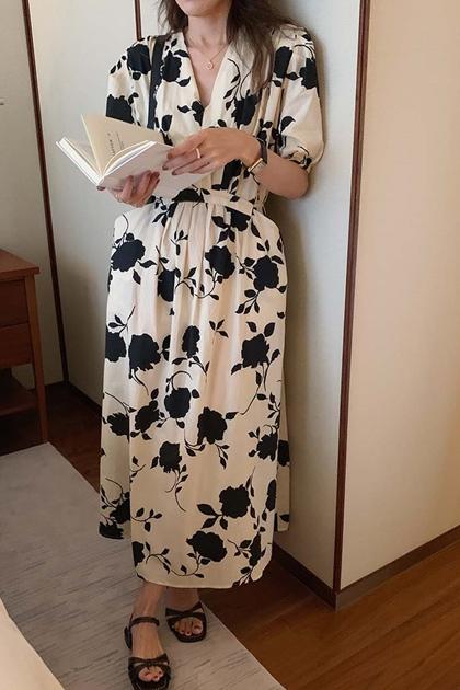 輕熟v領水墨印花收腰綁帶洋裝