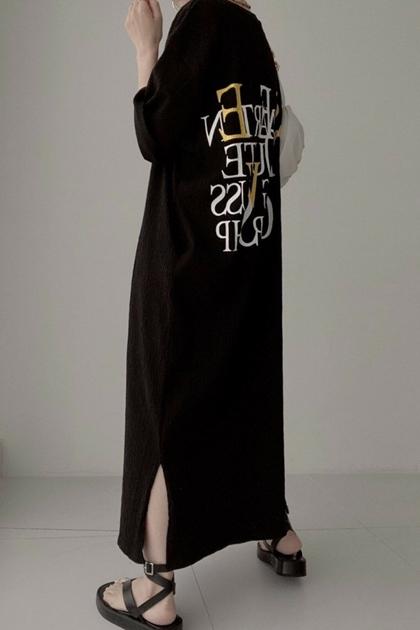 英文字母褶皺設計開岔洋裝*3色