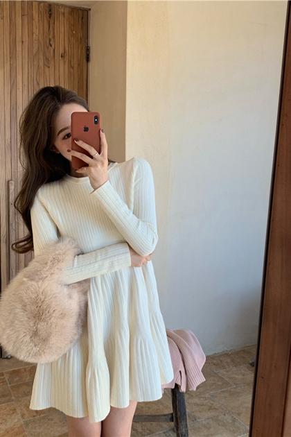 顯瘦傘狀裙襬針織洋裝*3色