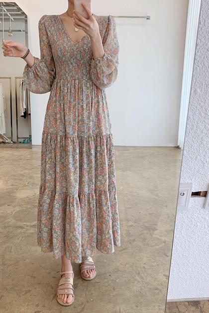溫柔碎花V領皺摺顯瘦高腰洋裝