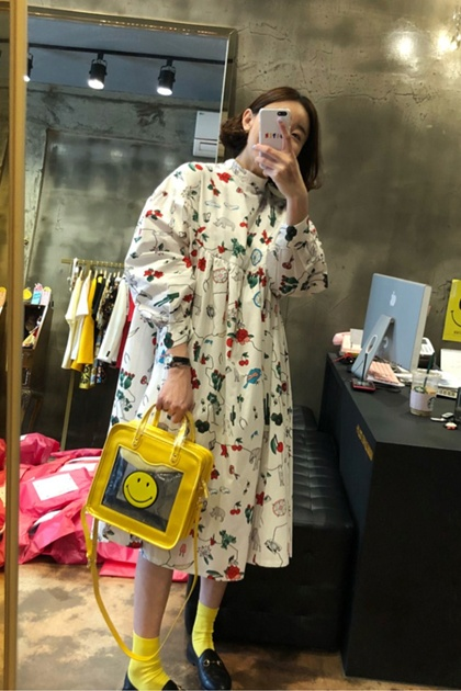 童趣塗鴉印圖泡泡袖洋裝