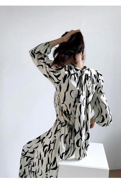 法式輕熟印圖蝴蝶結綁帶立領收腰洋裝*3色