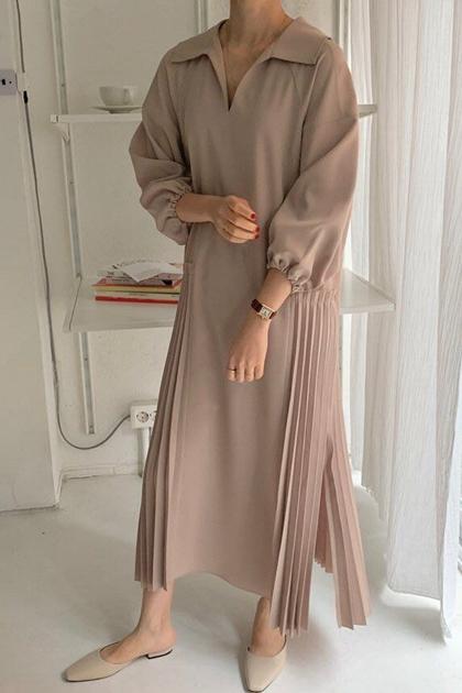 優雅V翻領壓摺裙襬洋裝*2色