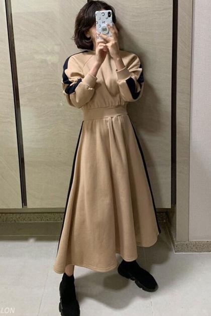復古減齡拼色圓領長款收腰顯瘦長袖衛衣洋裝*2色