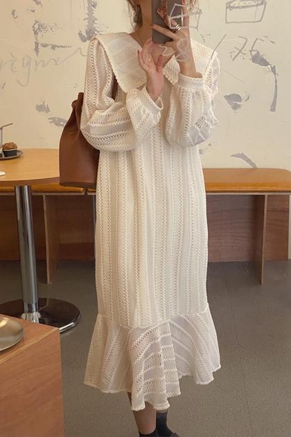 溫柔大翻領重工蕾絲魚尾裙擺洋裝*2色