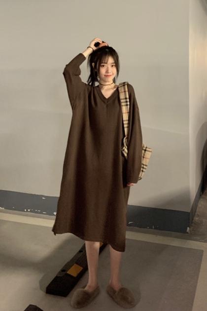 純色V領針織洋裝*3色