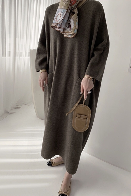 純色雙口袋針織寬鬆長袖洋裝*4色