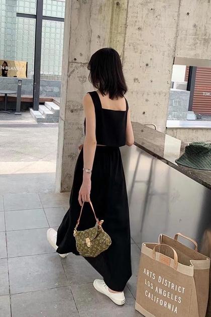 正韓方領美背露腰洋裝*3色
