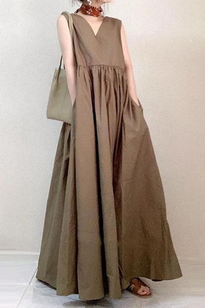 復古V領抓摺大裙擺洋裝*2色