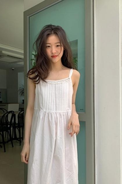 蕾絲吊帶背心洋裝*白