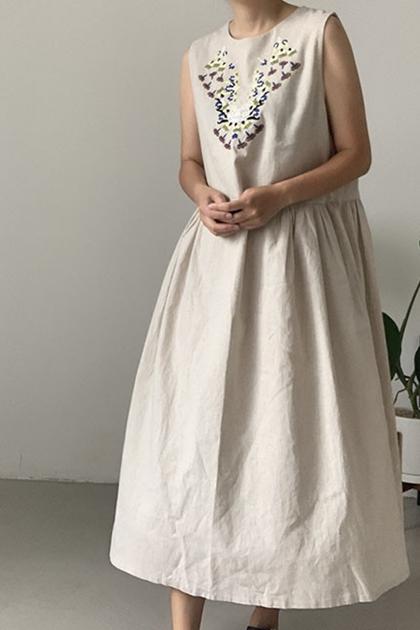 復古圖騰刺繡皺摺高腰背心洋裝*2色