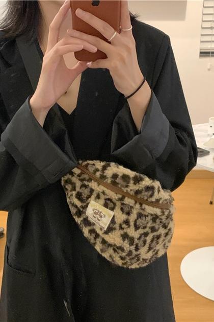 愛好豹紋羊羔毛拉鍊腰包胸包