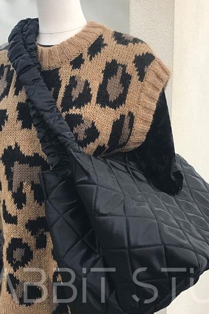 法式復古菱格紋夾棉手提側背包黑